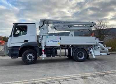 1 off New MERCEDES / SERMAC model ZENITH 4ZR20 CITYPUMP SCM80AHP Truck Mounted Concrete Pump
